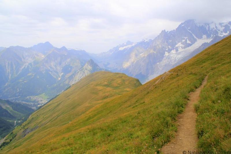 Monte de la Saxe route Tour du Mt Blanc