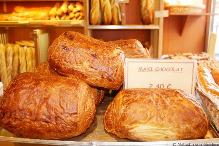Giant pain au chocolat - France