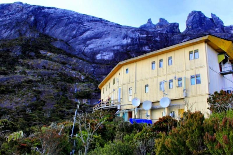 Laban Rata guesthouse Mt Kinabalu climb Malaysia