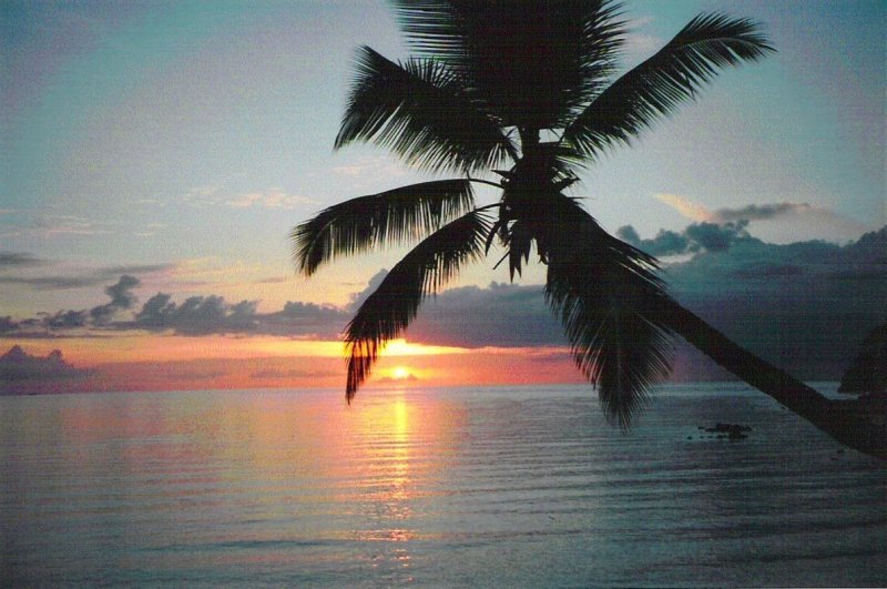 Tropical-island-sunset