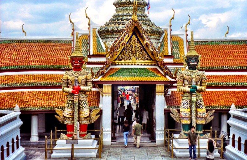 Bangkok palaces and temples Thailand