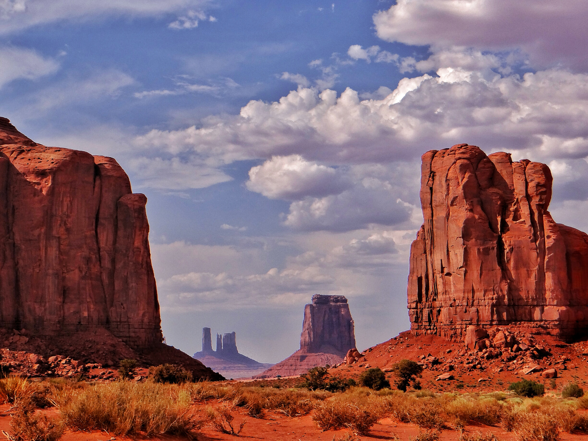 Watch The Unique Rock Formations At Monument Valley Video
