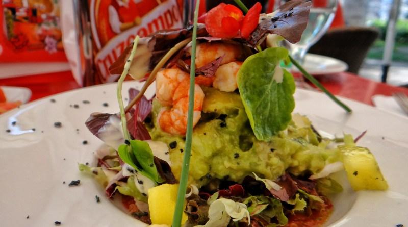 El Pimpi Prawn Avocado salad