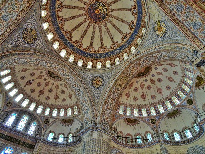 Free attractions Istanbul Blue Mosque