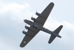Boeing B-17 Fortress G-BEDF Flying Legends 2015 - 04