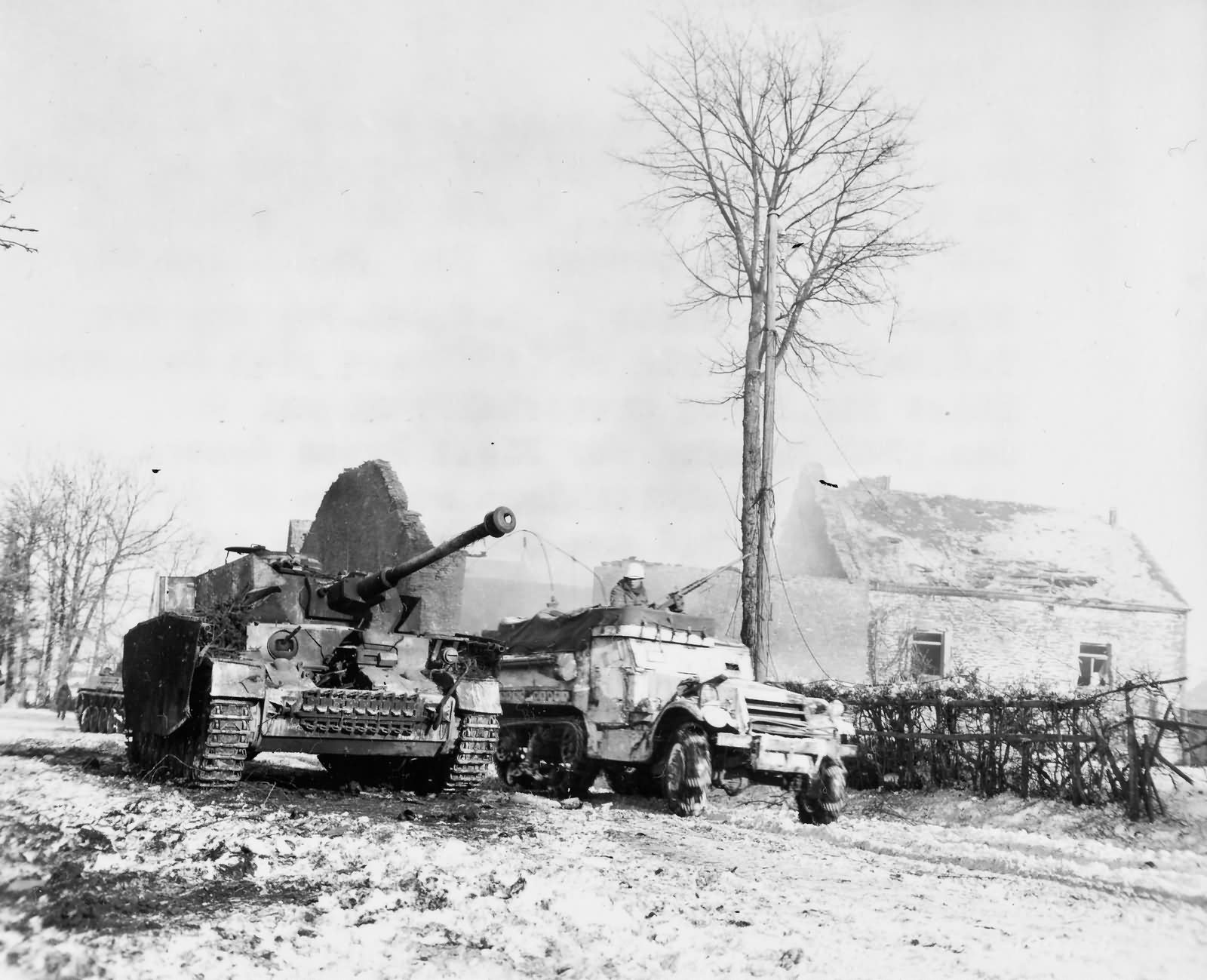 35th Infantry Division Halftrack And Panzer Iv Foy Belgium