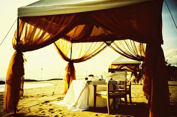 The great thing about Bali is that whatever your budget, you can have the honeymoon of your dreams here.