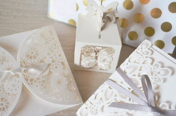 Alternative Wedding Gifts for the Bride and Groom!