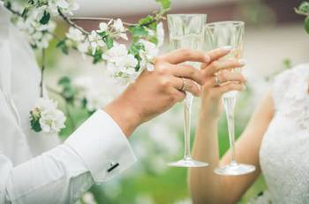 Important Factors for the Selection of Wedding Gifts
