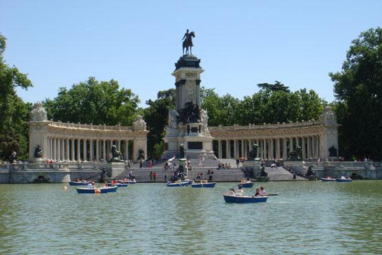Lake and Monument in Retiro Park, Madrid