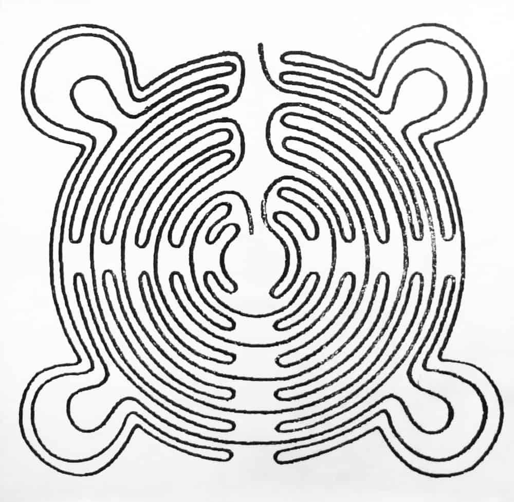 Super Chartres design of the Saffron Walden Maze - www.worldwidewriter.co.uk