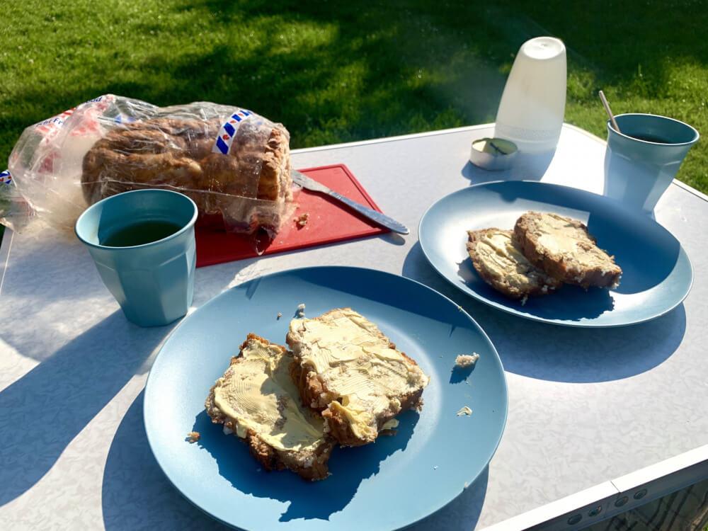 Typisch Friese lekkernijen: Fries suikerbrood (sukerbole)