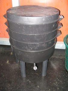 Can O Worms worm composting bin http://amzn.to/1tkUCu1