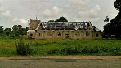 Photo of After Boko Haram Burn Down His Church, See What A Nigeria Pastor Did Next…