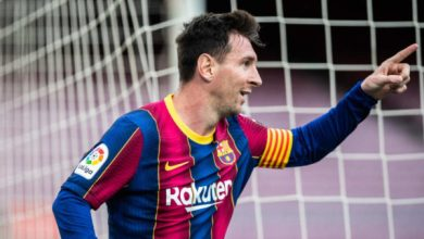 Photo of Busquets Hopeful Messi Will Stay At Barcelona As Contract Saga Drags On