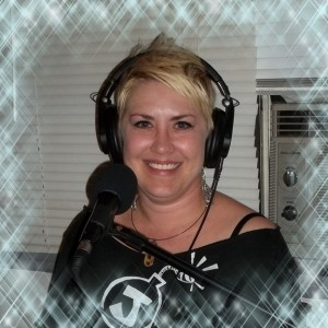 Dena Sweigart appearing on the Worst Little Podcast