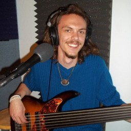 Eli Paxton, bass for the Doctors of Feel Good on the Worst Little Podcast 05 06 2016