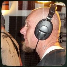 Darin GOslar in rear profile