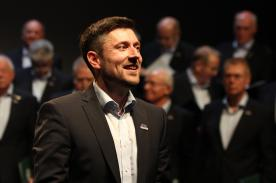Chorleiter Stefan Scheidtweiler. (Foto: Björn Othlinghaus)