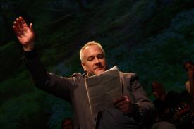 Moderator und Rezitaor Christian Michael Donat. (Foto: Björn Othlinghaus)