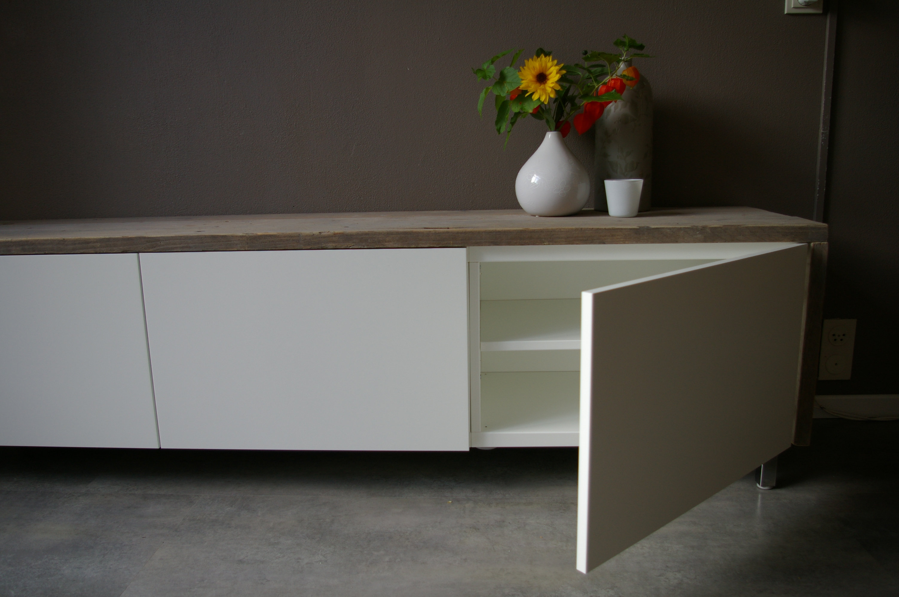 Tv kastTV dressoir Klaas  WortelWoods