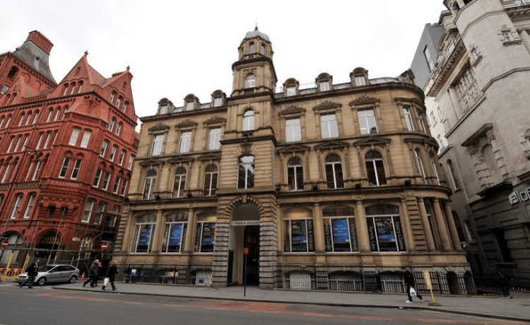 CANTER LEVIN & BERG SOLICITORS ACQUIRE 7,800 SQ. FT.  AT MCR'S 1 TEMPLE SQUARE