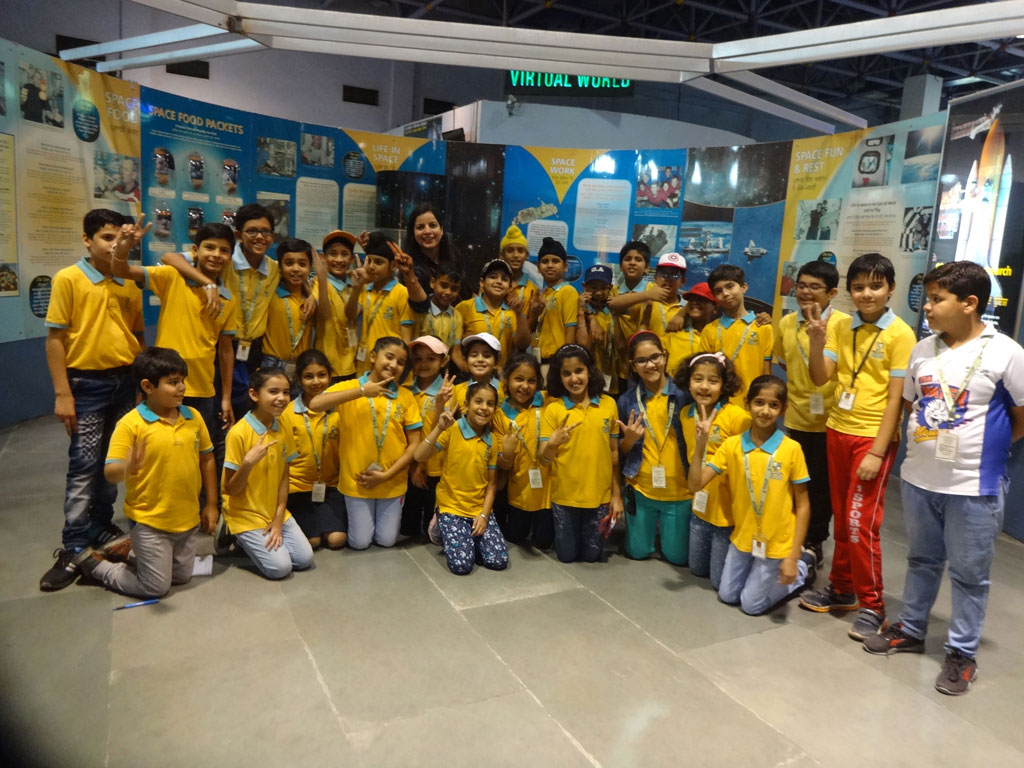 A FUN FILLED EXPERIENCE AT SCIENCE CITY BY G-4/5 WOODLANDERS
