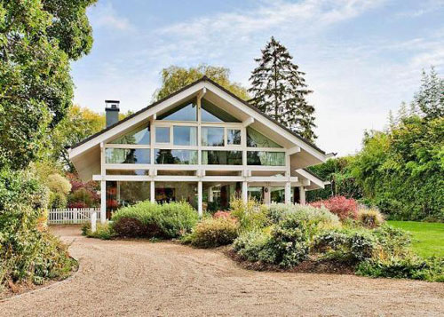 On The Market Five Bedroomed Huf Haus In East Horsley Surrey