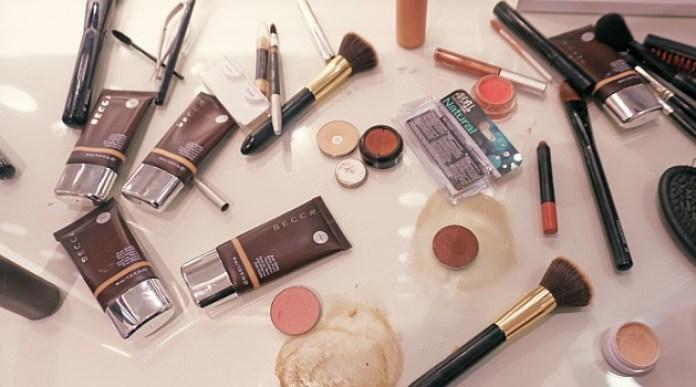 Image result for makeup kedaluwarsa