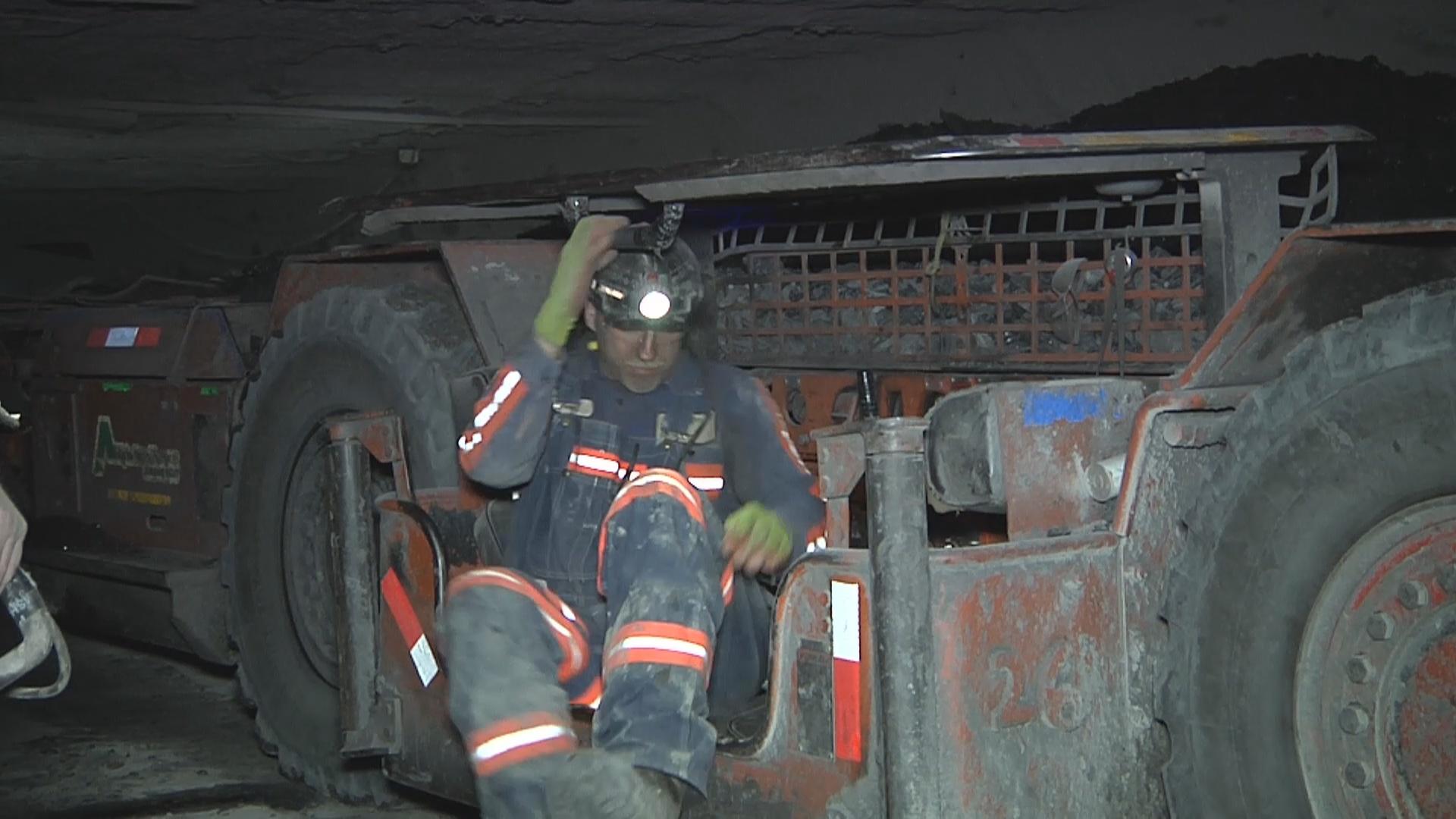 Coal Miner in continuous mining machine-794306118.jpg