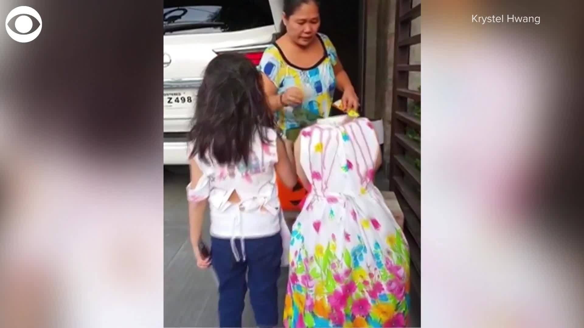 Little girl goes trick-or-treating in 'headless' costume