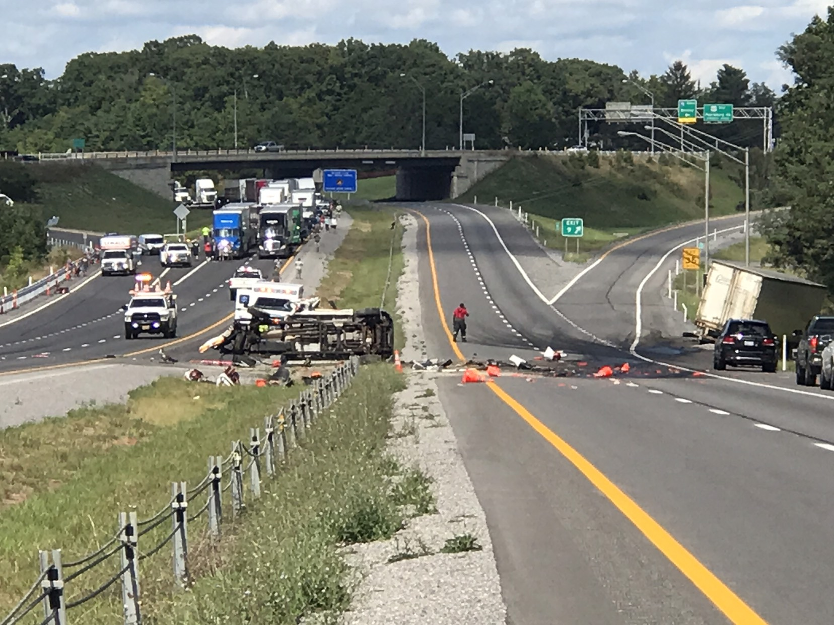 All lanes of I-64 east in Putnam county reopen following