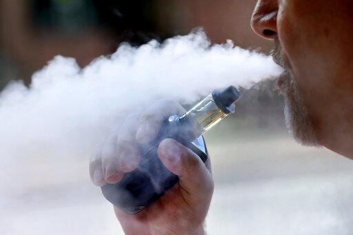 Oregon pot retailers begin pulling vape brands in lung scare