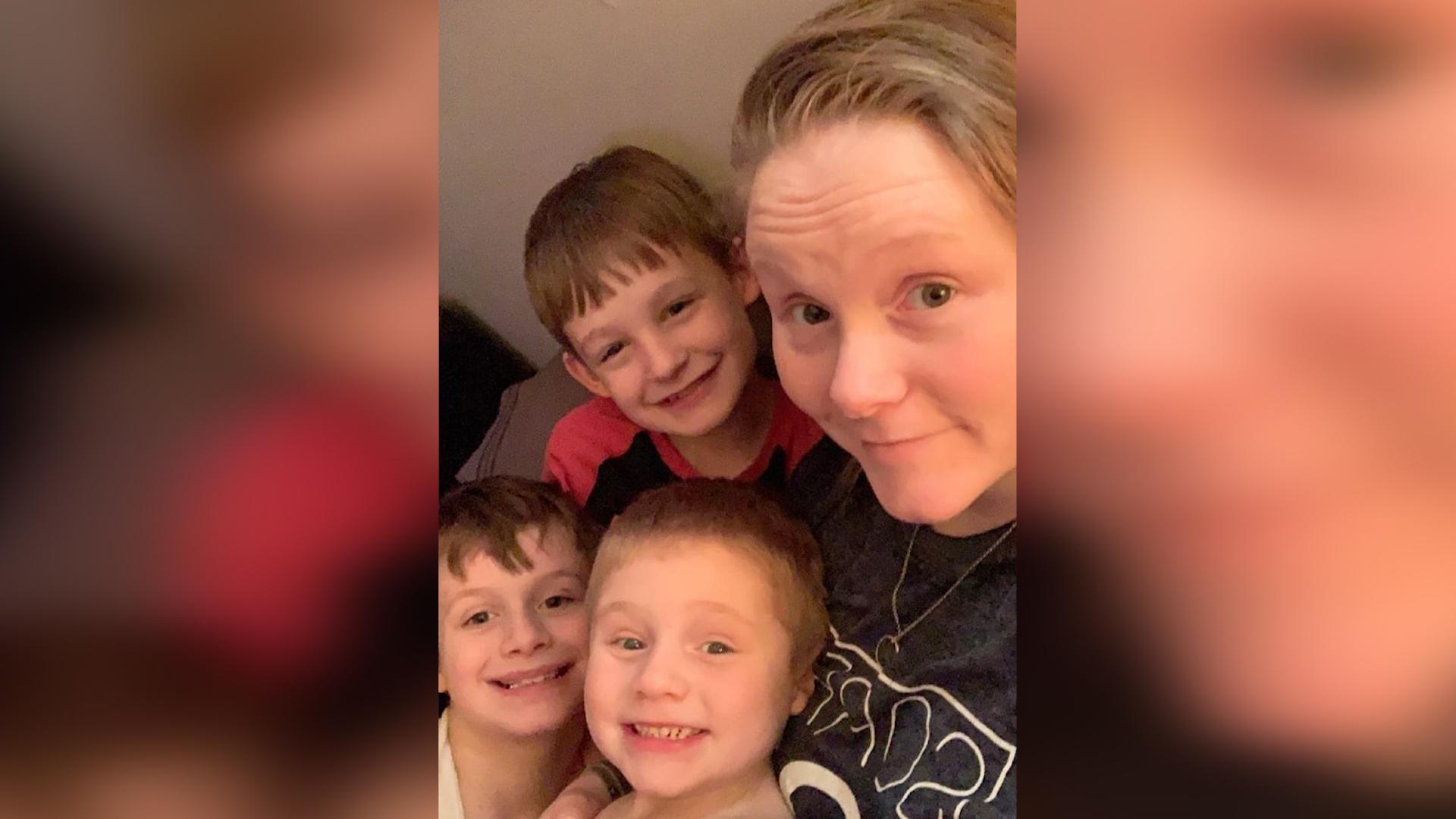 เด็กชายวัย 10 ขวบตัดสินใจบริจาคอวัยวะก่อนเสียชีวิต » TikTokJa Video Downloader