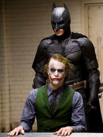 Warner Bros Plan To Stream Movies On Facebook Start With Batman
