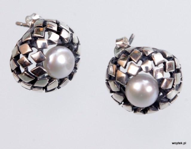 Srebrne kolczyki Łuski z perłami