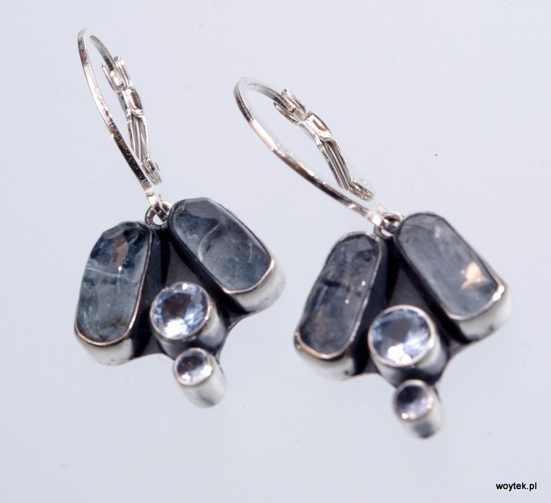 Srebrne kolczyki Dzwonki z kamieniami naturalnymi i cyrkonią