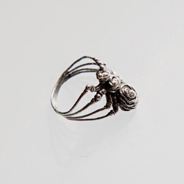 Srebrny pierścionek Pająk