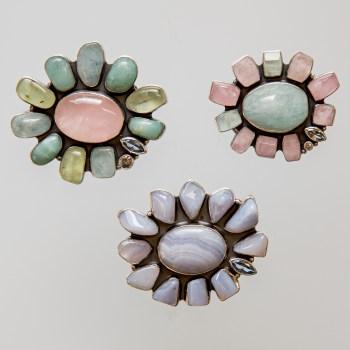 Srebrny broszko-wisior Kwiat z kamieniami naturalnymi