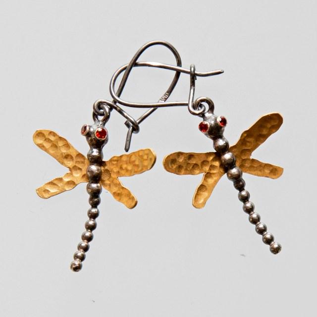 Srebrne kolczyki Ważki z tytanem i cyrkoniami