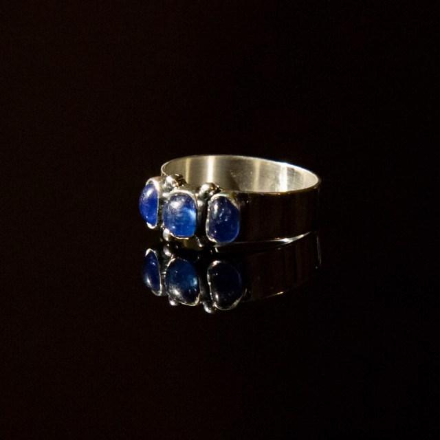 Srebrny pierścionek 3 Kamienie Wąski z kamieniami naturalnymi