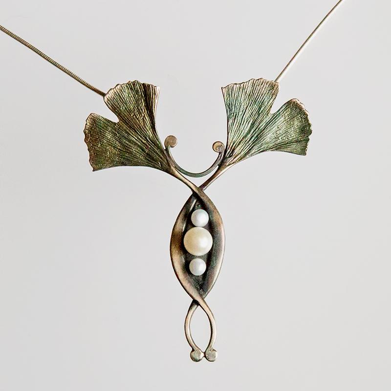 Srebrny naszyjnik Ginko Podwójne odwrócone z perłami