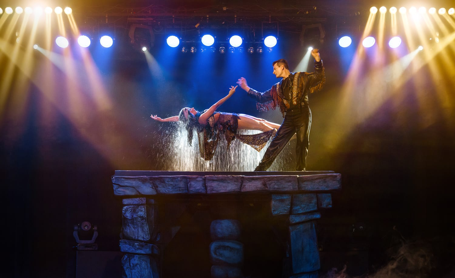2 MAGIC SHOW TICKETS <br/> Donated by: GREG FREWIN THEATRE <br/> Valued at: $64 <br/> Buy It Now: $19