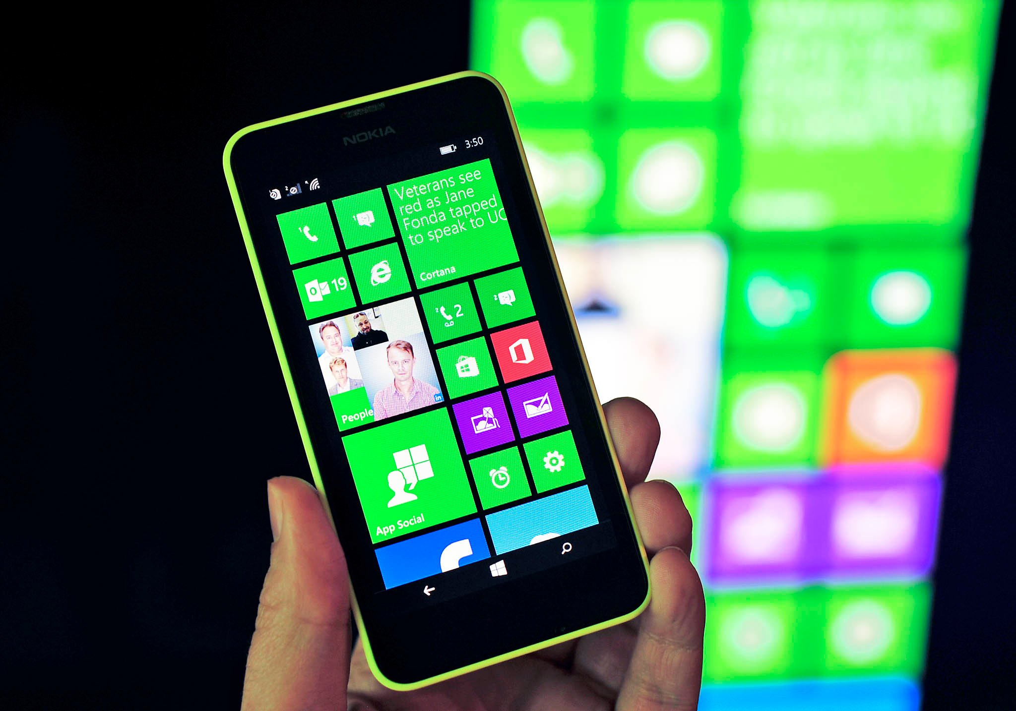 http://windowsphonedaily.com/2014/08/microsoft-is-prepping-a-miracast-dongle-to-project-your-windows-phone-content-to-a-tv.html#.U_ZvVVWwJCN