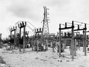 SWEHS 18.2.028.jpg - Date 1940 - 1947 - Newton Abbot generating station outdoor, mesh connected 33kV substation at Forde Road. Devon, Newton Abbot .