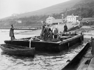 SWEHS 9.0.021.jpg - Date 1930s - River Dart 11kV cable crossing. Devon, Dartmouth & Kingswear .