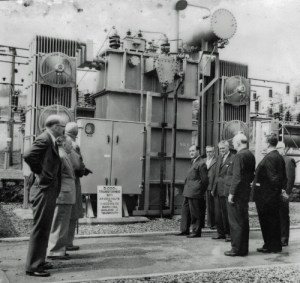 SWEHS 9.0.090.jpg - Date c1960 - Higher Woodway Road 33/11kV substation. 5,000kVA 33/11kV transformer supplying Shaldon and Teignmouth. Teignmouth .