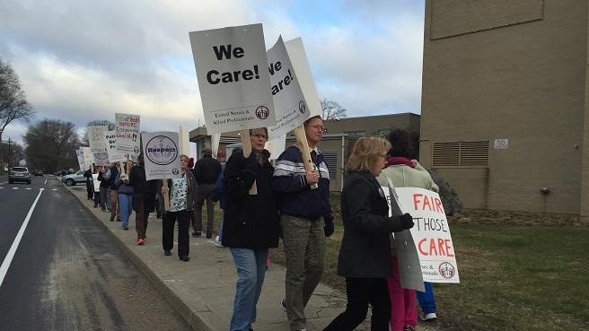 Kent Hospital protest_275648