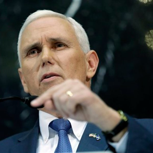 Mike Pence_330255