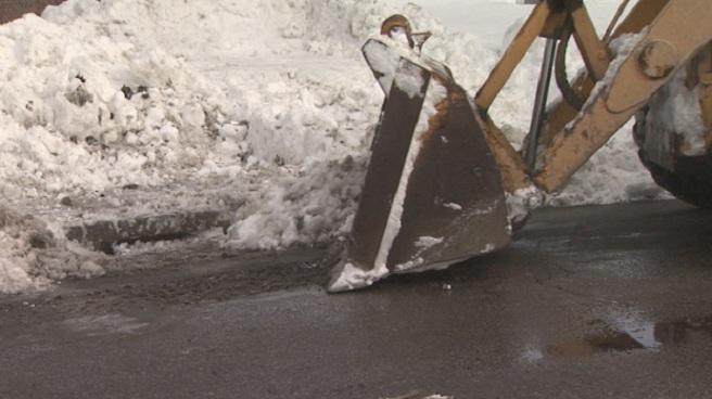 Cranston storm drain snow removal_132292